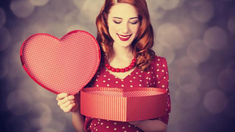 Какие подарки не любят женщины?