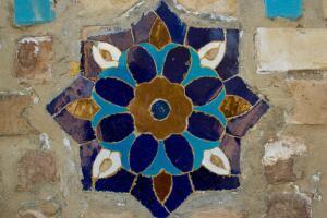 Что такое майолика и как развивался в России этот вид керамики?