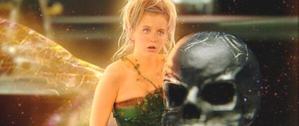 Имя Tinker Bell -  буквально переводится, как