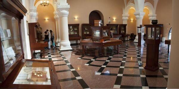 Зал музея Матенадаран