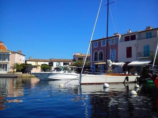 Прогулка на лодке в Порт Гримо