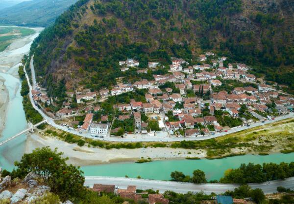 Чем интересна Албания? История
