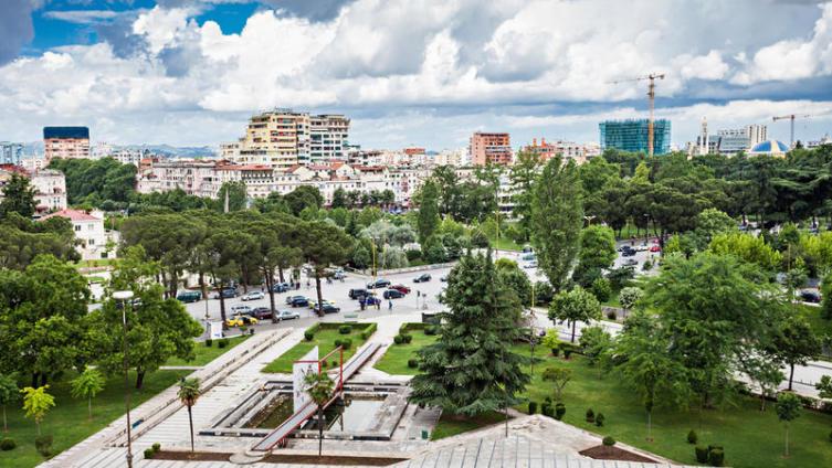 Тирана, Албания