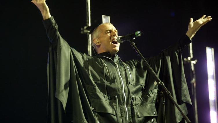 Выступление дуэта в 2004 году, в Будапеште