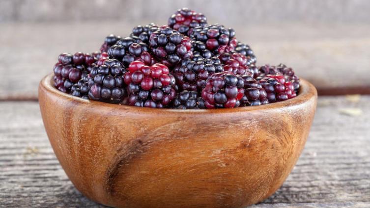 Ежевика - скупая ягода. Чем она ценна?