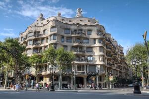 Архитектура Гауди, или Почему так тянет в Барселону?