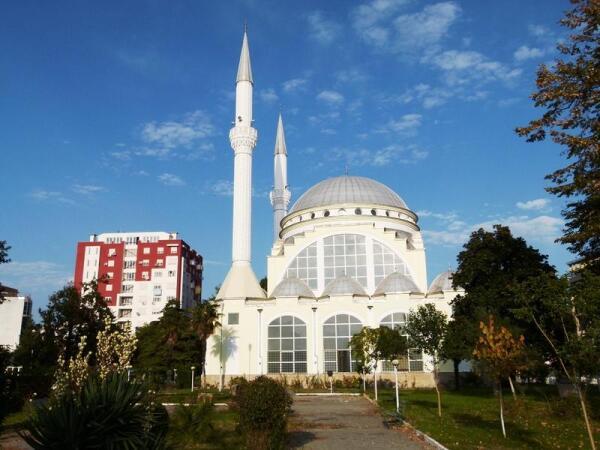 Вид на храмовую мечеть от нашего отеля