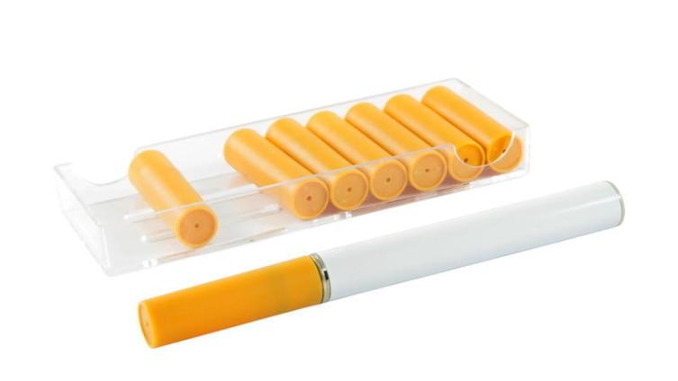 Помогают ли электронная сигарета и никотиновый пластырь бросить курить?