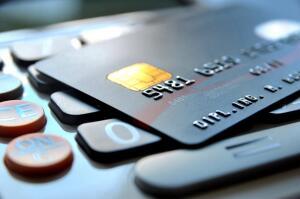 Можно ли получить кредитную карту, не выходя из дома?