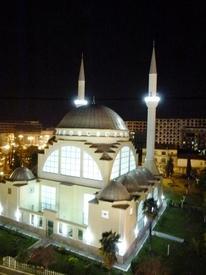 Мечеть в Шкодере на рассвете