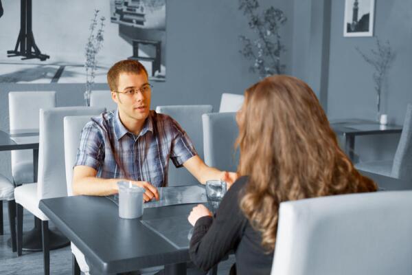 Каким должно быть первое свидание? Советы для парней