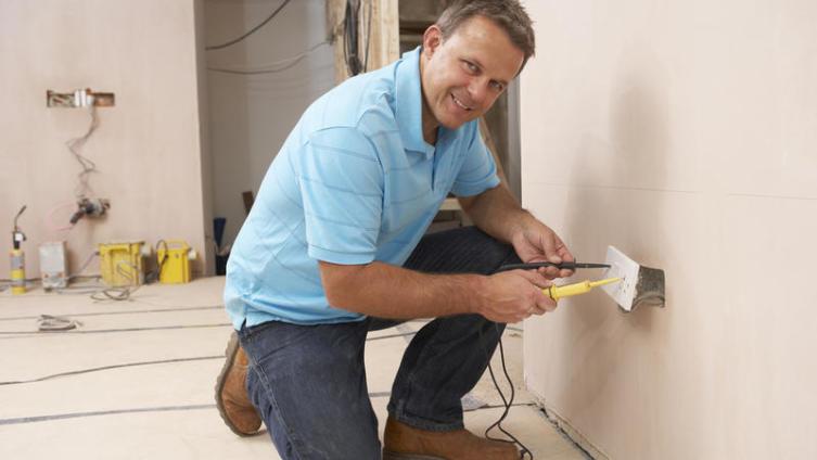 Как провести электричество в новостройку или новый частный дом?