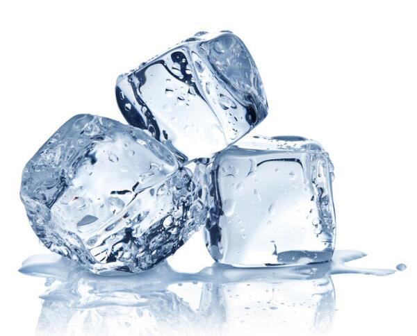 Как с помощью льда сохранить кожу красивой и упругой? Семейные рецепты