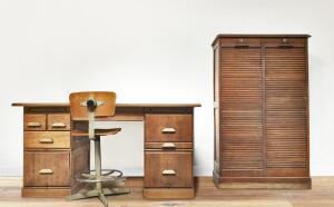 Как принимают новичков в мебельную компанию? Монолог старого стола