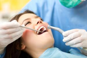 Почему мы боимся стоматологов?