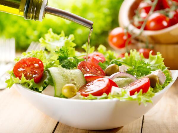 Чем витаминизироваться весной? Салатами!
