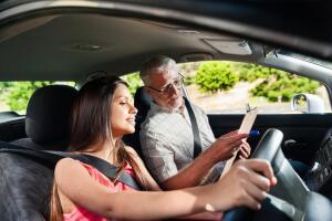 Как складываются дорожные отношения? Война полов за рулем авто