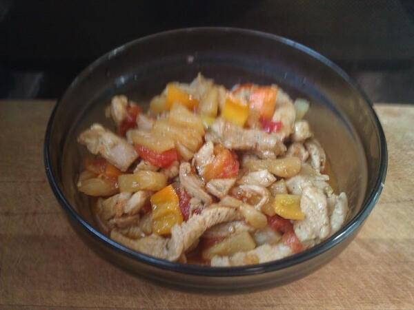 Готовое куриное филе в кисло-сладком соусе