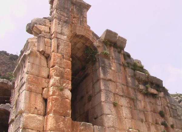 Монументальные постройки