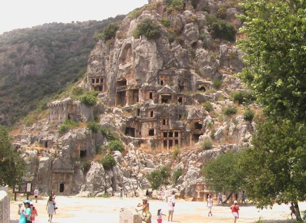 Ликийские гробницы
