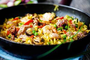 Как приготовить паэлью? Ужин по-кубински с мохито и дайкири