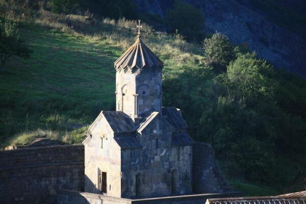 Надвратная церковь Аствацацин (Богородицы)