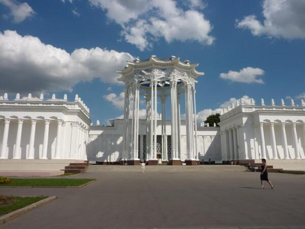 Бывший павильон Узбекистана, потом был павильоном Культуры