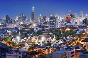 Большой дворец (Пхрабароммахарадчаванг), Бангкок. Одно из зданий архитектурного ансамбля
