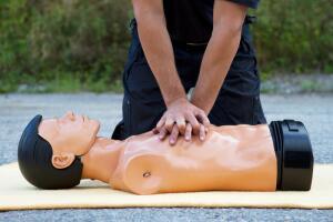 Как выбрать курсы первой медицинской помощи?
