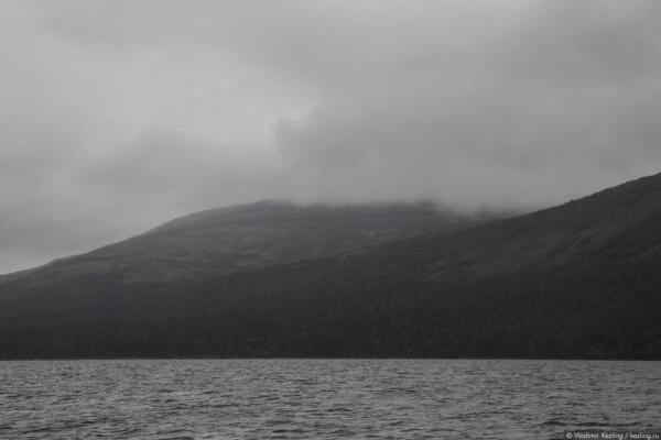 Вершина горы Нинчурт была спрятана под пеленой облаков, поэтому проверить, соответствует ли форма горы её названию, мне не удалось