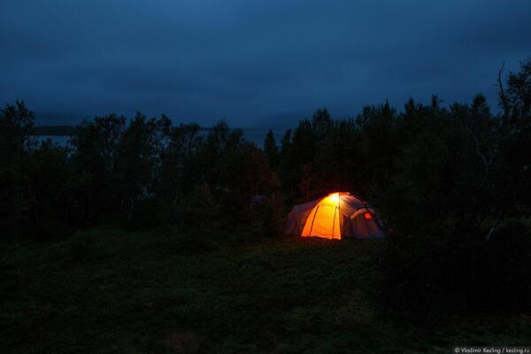 На Ловозерье опускается северная ночь...