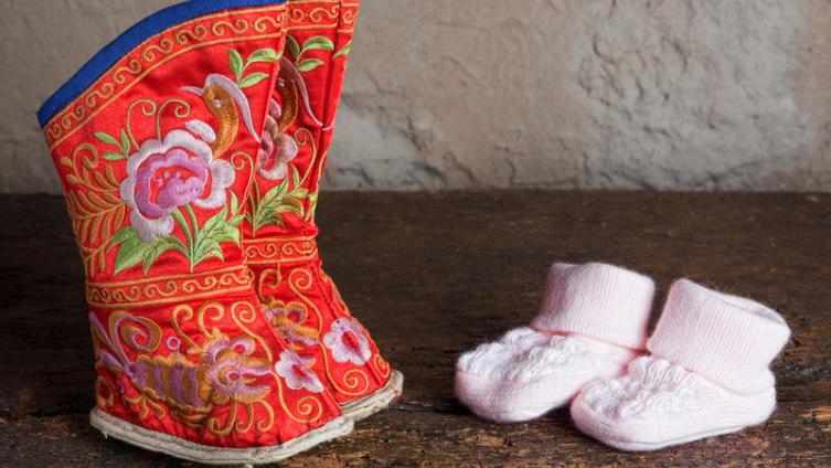 Как вырасти большой, но с маленькой ножкой? Ужасные аспекты китайской культуры