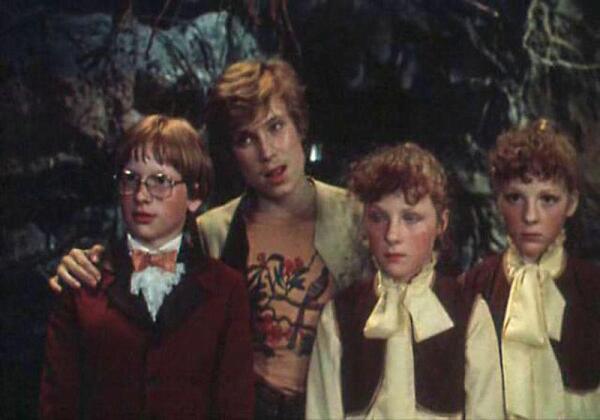 Интересно, что минимум четыре ребёнка, задействованных в фильме (Зайцев, Яхонтова и