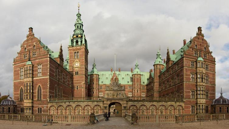 Резиденция датских королей в Хильроде, Дания