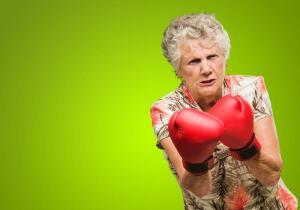 Отчего появляется агрессия у пожилых людей?