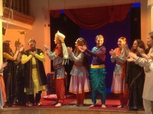 Шанти от Школы Драматического Искусства. В чем скрыто обаяние индийского эпоса?