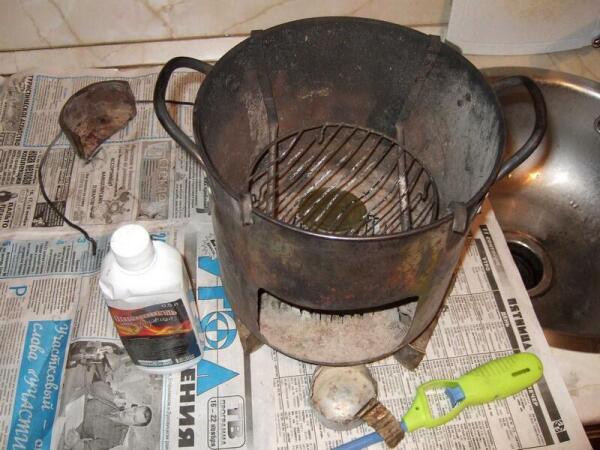Печка-буржуйка из кастрюли