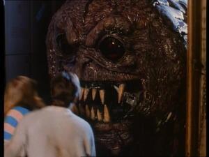 Фильм ужасов «Мозг» (The Brain, 1988). Кашпировского вызывали?