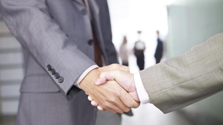 Как установить доверительные отношения с нужным человеком? Заметки для шпиона