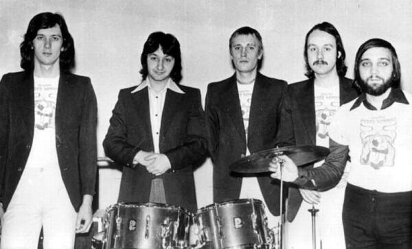 Группа Стаса Намина. 1977г.: К. Никольский, С. Намин, В. Сахаров, А. Микоян, Ю. Фокин.