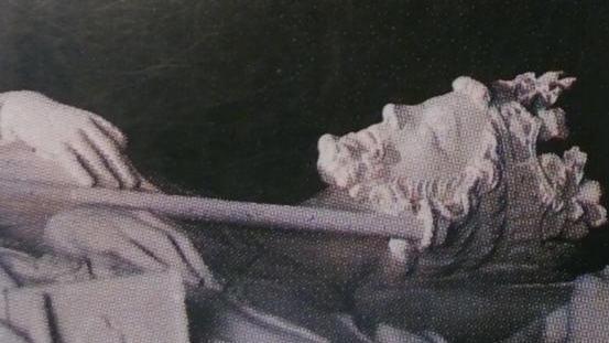 Фрагмент надгробия Людовика VI в Сен-Дени