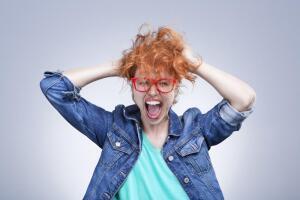 Как женщине справиться с истерикой?