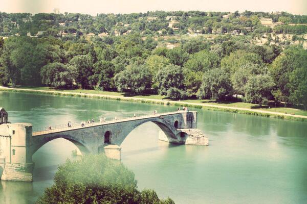 Четыре пролета моста Сен-Бенезе, Авиньон