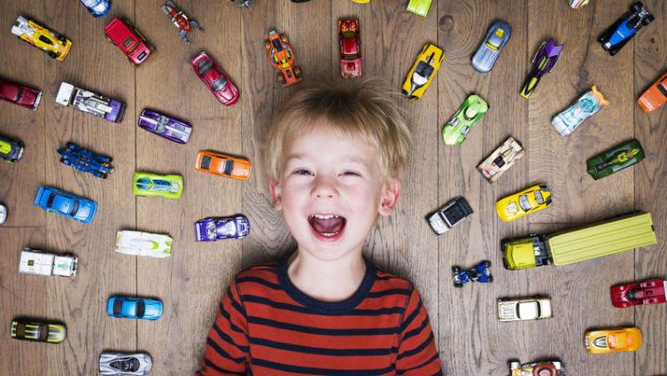 Воспитание ответственности. Чьи игрушки?