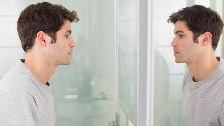 Размышления у зеркала. Как снять маску, сохранив лицо?