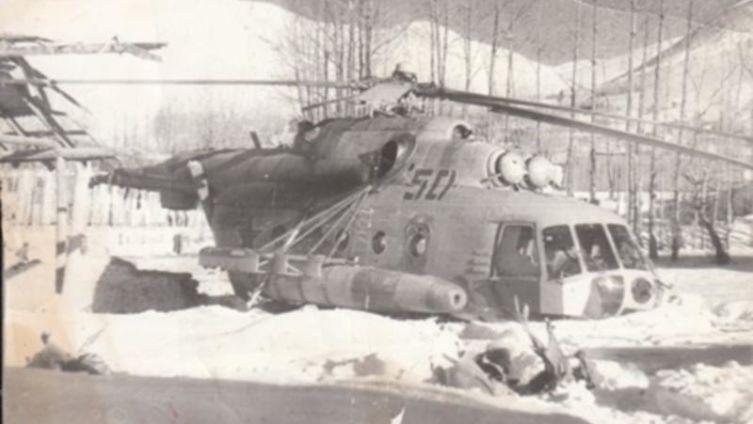 Борт Бориса. МИ-8 МТ на посадочной площадке Южного Баглана после вынужденной посадки