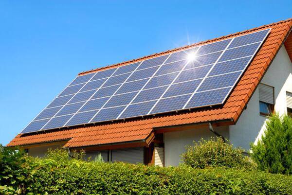 Можно ли обойтись без централизованного электричества? Солнечные батареи для дома, плюсы и минусы.
