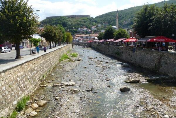 Речка Быстрица, в которой утонул албанский ребенок в 2004 году