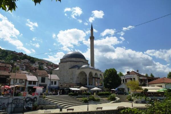 Мечеть Синан-паши, построенная в 1615 году из кирпича христианского монастыря Святых Апостолов