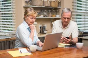 Как тратить деньги так, чтобы получать доход? Инвестиционные инструменты:  займы и пенсионные накопления